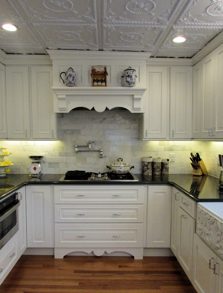 Kitchen gallery kitchen photos kitchen ideas woburn ma for Carole kitchen and bath design ma