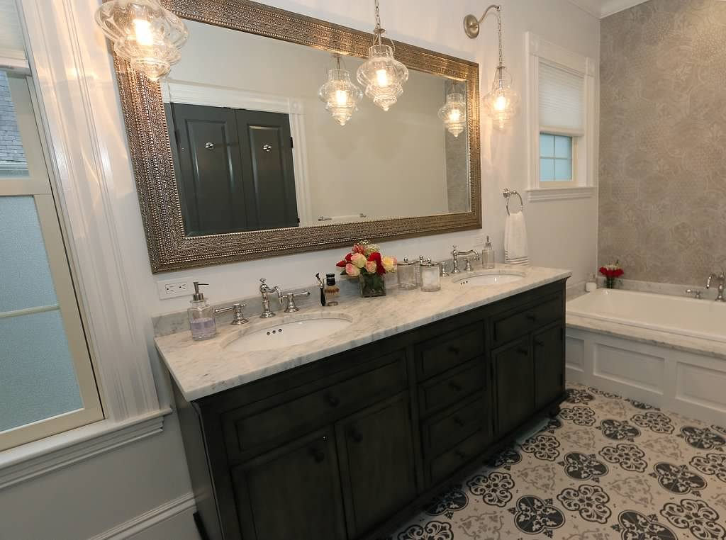 Historic newton ma home kitchen bathroom remodel by carole kitchen people for Carole kitchen and bath design ma